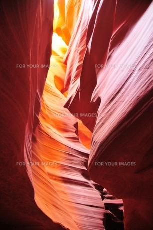 アンテロープキャニオンの写真素材 [FYI00123396]