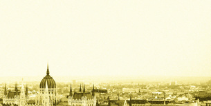 アンティーク風に加工した中部ヨーロッパの風景の素材 [FYI00124662]