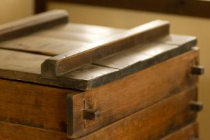 江戸時代の木製セイロの写真素材 [FYI00124919]