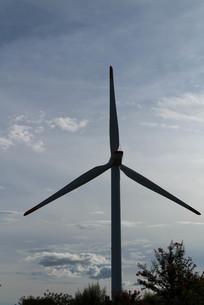 風力発電シルエットの素材 [FYI00125109]