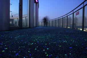 空中庭園展望台の写真素材 [FYI00125650]