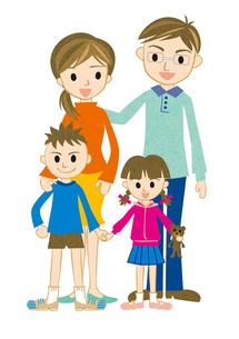 笑顔の4人家族の写真素材 [FYI00125932]