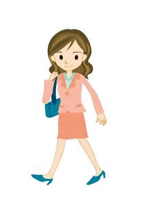 歩く若い女性の写真素材 [FYI00125937]