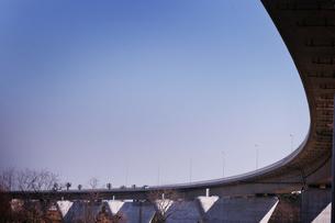青空と道路の写真素材 [FYI00126136]