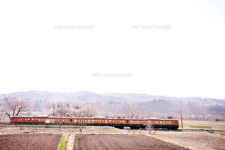 田舎の列車の素材 [FYI00126280]