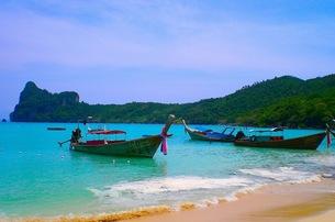 ピピ島の海の写真素材 [FYI00126519]