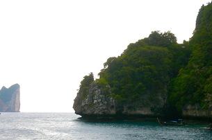 タイ、ピピ島の風景の写真素材 [FYI00126694]