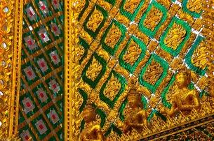 タイのお寺の写真素材 [FYI00126701]