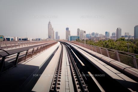 ドバイ・メトロの駅の写真素材 [FYI00127888]