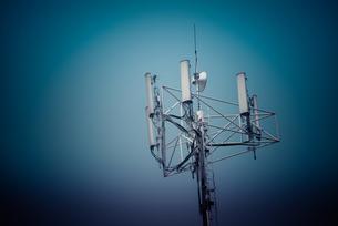 ドバイの電波アンテナの写真素材 [FYI00127889]