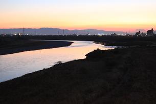 夕日の長良川の写真素材 [FYI00128071]