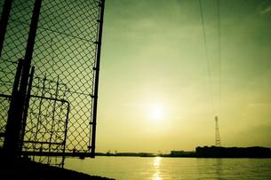 穏やかな日差しの船橋港の素材 [FYI00128472]