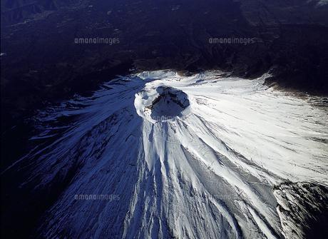富士山の火口の素材 [FYI00131448]