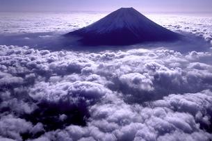 弧峰 富士山の写真素材 [FYI00131453]
