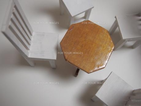 手作りのミニチュア家具の素材 [FYI00133225]