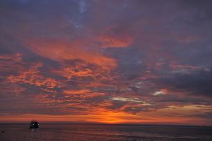 シミラン諸島の夕日の素材 [FYI00133318]