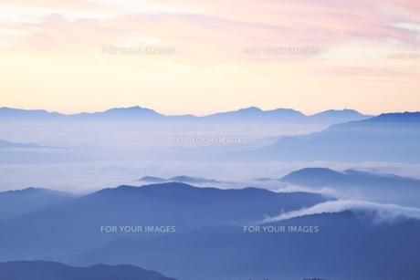 雲海の写真素材 [FYI00133329]