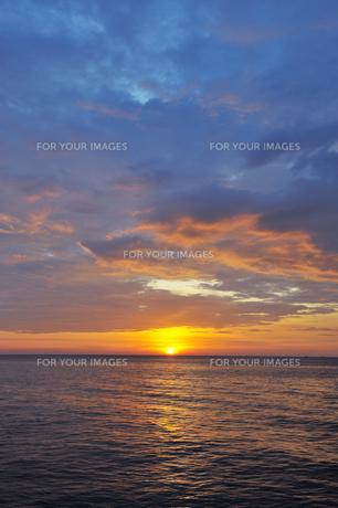 シミラン諸島の夕日の素材 [FYI00133349]