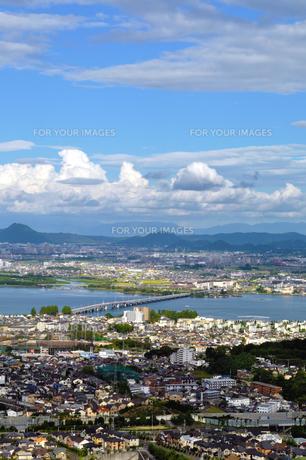 琵琶湖の見える風景の写真素材 [FYI00133588]
