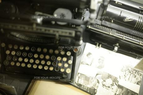 古いタイプライターの素材 [FYI00133670]