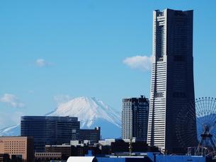 富士と横浜の写真素材 [FYI00134114]