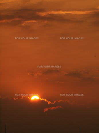 赤い夕暮れの写真素材 [FYI00134176]