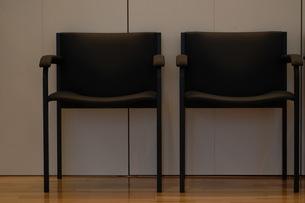 椅子のオブジェの写真素材 [FYI00134226]