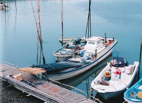 漁具を積んだ漁船の素材 [FYI00134265]