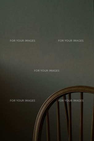 木製椅子の写真素材 [FYI00134759]