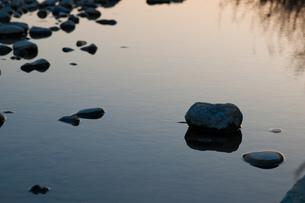 河原の朝の素材 [FYI00134769]