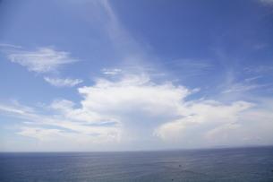 夏の空と海の写真素材 [FYI00134954]
