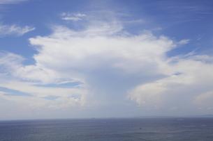 夏の空と海の写真素材 [FYI00134962]