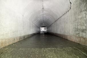 大房岬要塞の地下通路の写真素材 [FYI00135019]