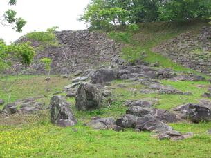 古城の石垣と庭石の写真素材 [FYI00135320]