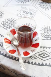 トルコのチャイグラスの写真素材 [FYI00136284]