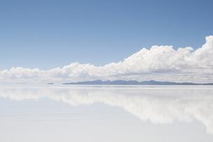 ウユニ塩湖の写真素材 [FYI00136334]