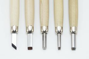 彫刻刀5本セットの写真素材 [FYI00136433]