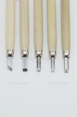 彫刻刀5本セットの写真素材 [FYI00136453]