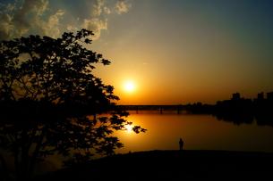 孤独との戦いの写真素材 [FYI00137766]