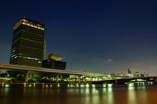 隅田川の夜景の写真素材 [FYI00138057]
