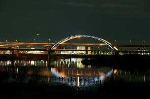 夜の五色桜大橋の写真素材 [FYI00138532]