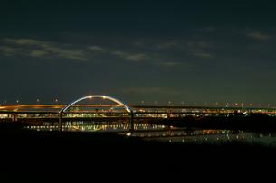 夜の五色桜大橋の写真素材 [FYI00138536]