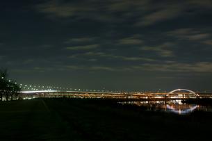 夜の五色桜大橋の写真素材 [FYI00138540]