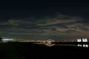 夜の五色桜大橋の写真素材 [FYI00138548]