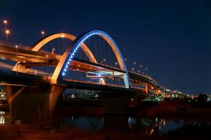 夜の五色桜大橋の写真素材 [FYI00138549]