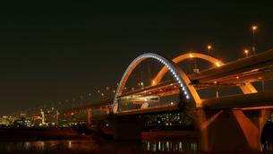 夜の五色桜大橋の写真素材 [FYI00138556]
