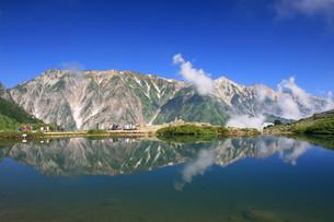 八方池よ白馬三山の写真素材 [FYI00138948]