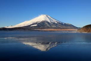 逆さ富士の写真素材 [FYI00138954]