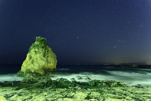 海岸の星空の写真素材 [FYI00138975]