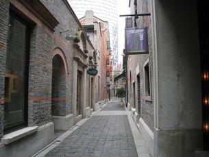 上海の路地の写真素材 [FYI00139528]